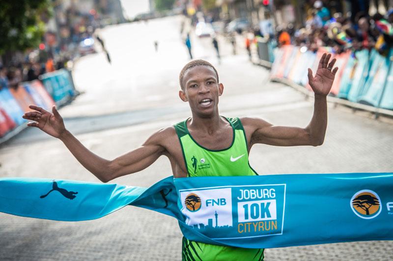 Mosiako upsets Mokoka to win FNB Joburg 10K CITYRUN